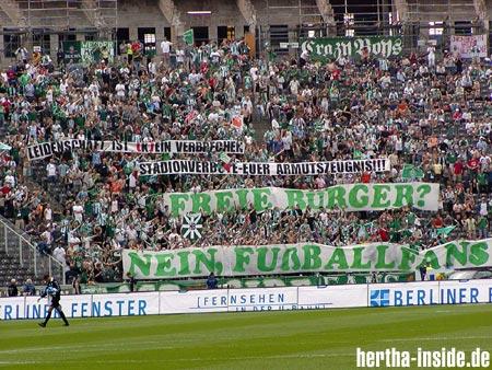 [Bild: 00_berlin_fussball.jpg]